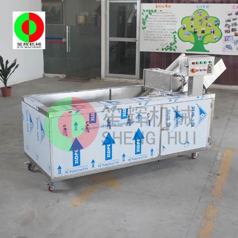 Máy rửa rau quả đảm bảo an toàn và sức khỏe của nguyên liệu