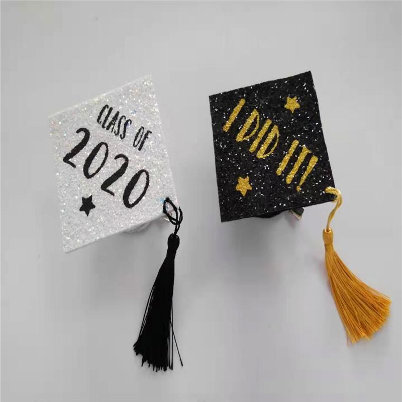Mũ trắng Grad với sự khác biệt Màu sắc long lanh Đảng tốt nghiệp